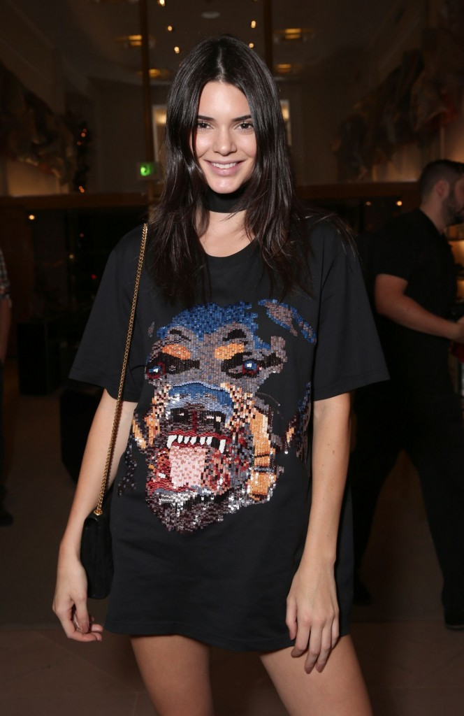 kendall-jenner-del-toro-chandler-parsons-event-at-saks-fifth-avenue-in-beverly-hills_6