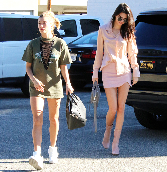 kendall-jenner-spotted-shopping-at-xiv-karats-in-beverly-hills