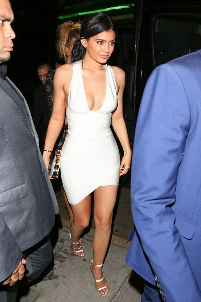 kylie-jenner-justin-bieber-s-2015-amas-afterparty_1