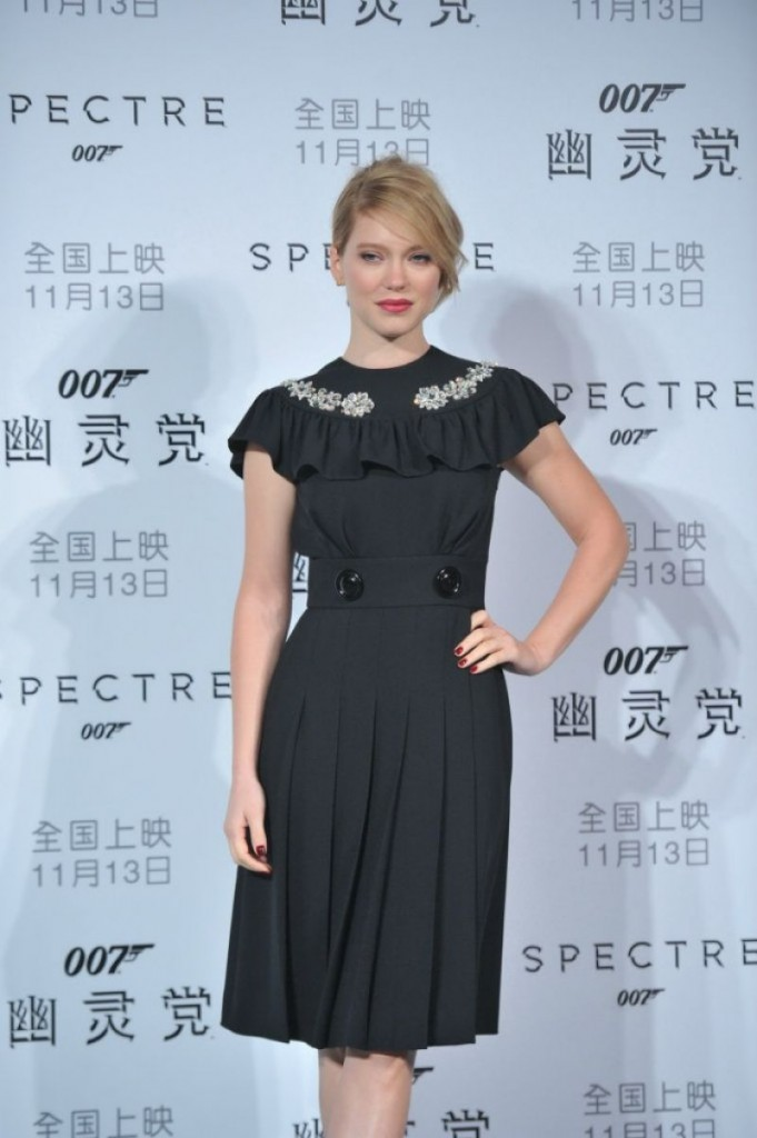 lea-seydoux-and-daniel-craig-spectre-photocall-in-beijing_5
