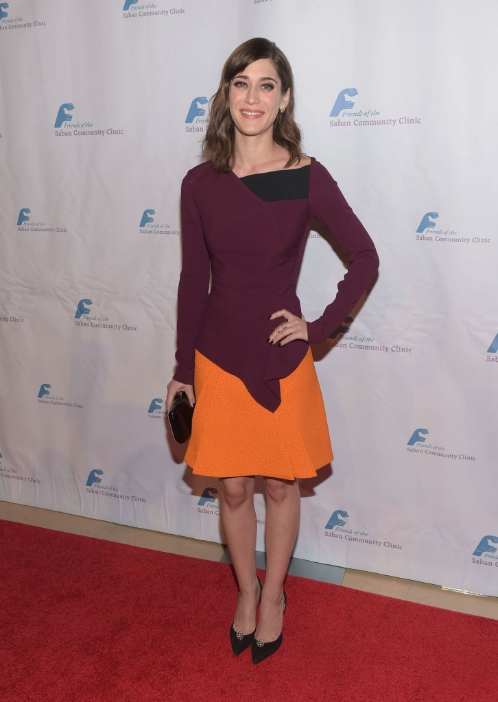 lizzy-caplan-saban-community-clinic-s-39th-annual-dinner-gala-in-beverly-hills_2