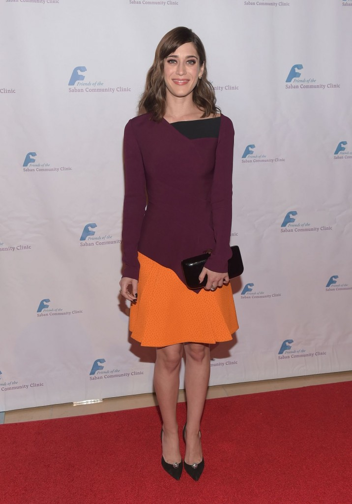 lizzy-caplan-saban-community-clinic-s-39th-annual-dinner-gala-in-beverly-hills_4