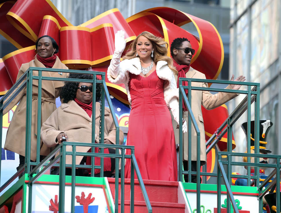 Mariah-Carey--89th-Annual-Macys-Thanksgiving-Day-Parade-