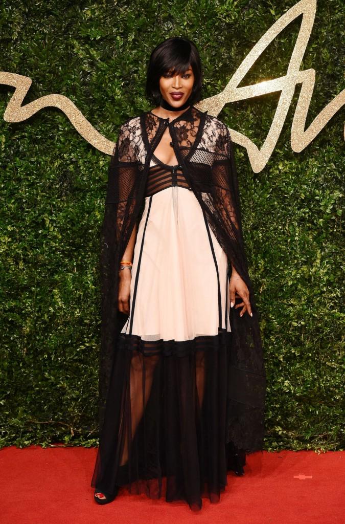 naomi-campbell-british-fashion-awards-2015-in-london_5