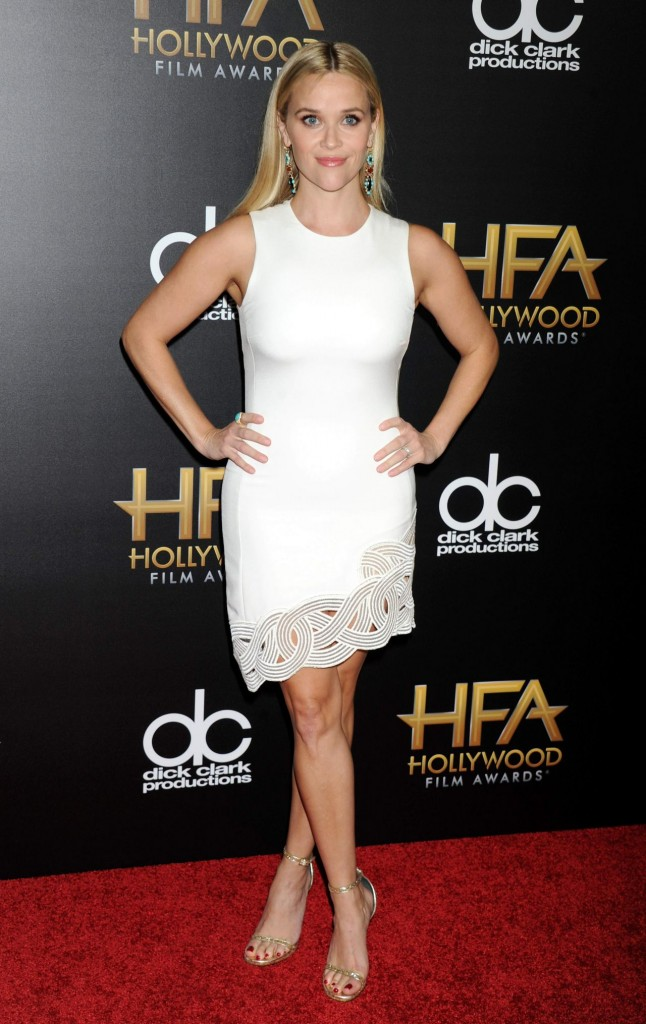 reese-witherspoon-2015-hollywood-film-awards-in-beverly-hills_1