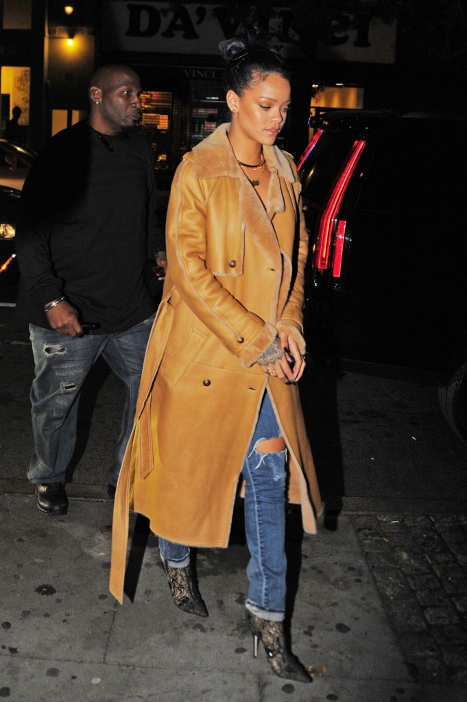 rihanna-style-sono-nightclub-in-the-west-village-november-2015_4