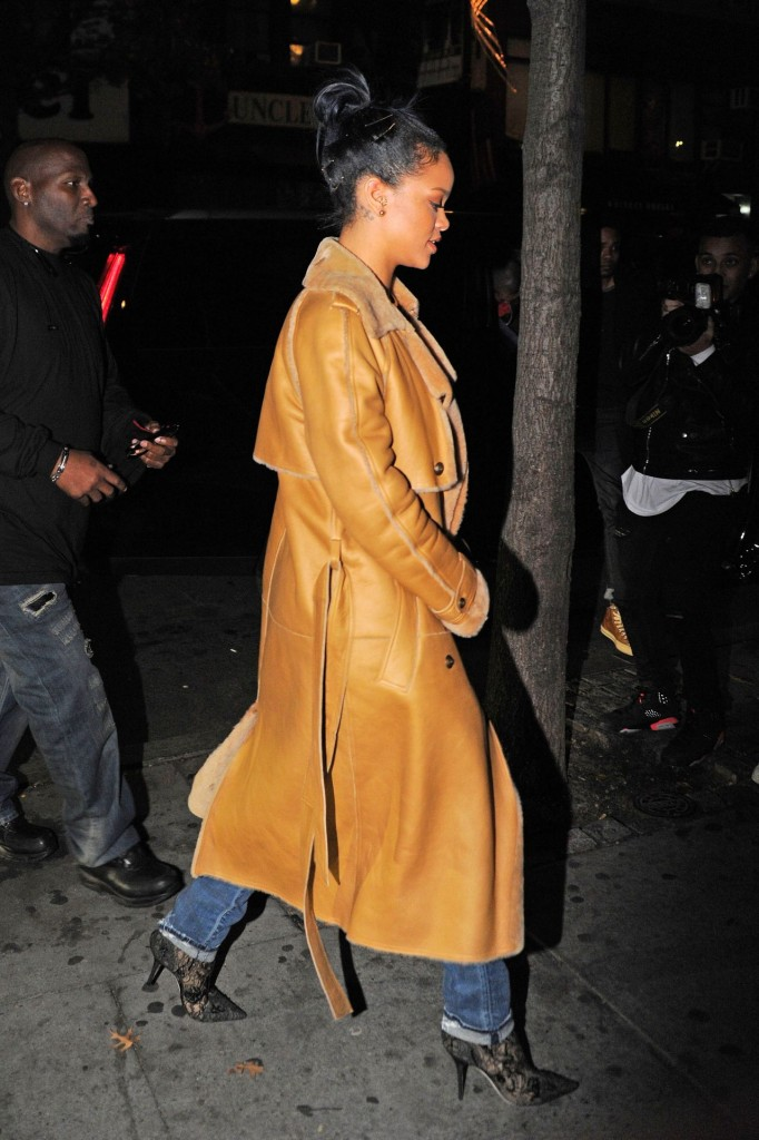 rihanna-style-sono-nightclub-in-the-west-village-november-2015_8