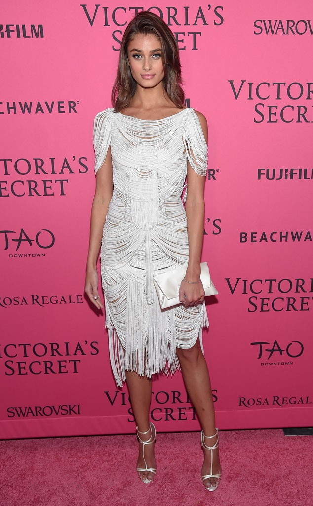 rs_634x1024-151111055741-634.Taylor-Hill-Victorias-Secret-Fashion-Show-After-Party-TAO-J1R-111115