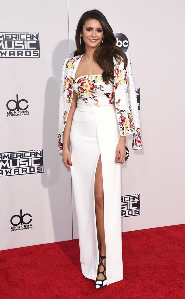 Nina- Dobrev -in -Zuhair -Murad- at -the- 2015- American -Music -Awards
