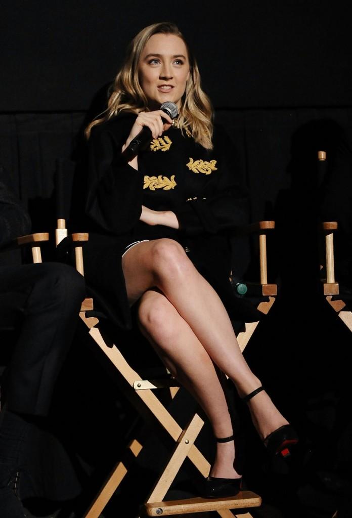 saoirse-ronan-brooklyn-screening-in-nyc-november-2015_3