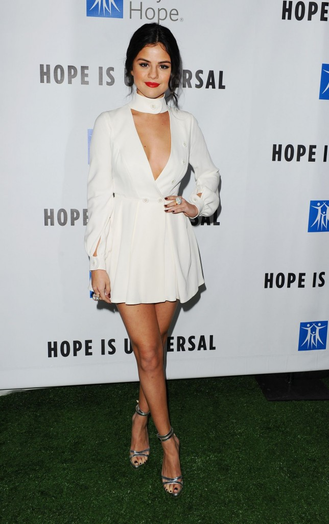 selena-gomez-2015-spirit-of-life-gala-in-los-angeles_18