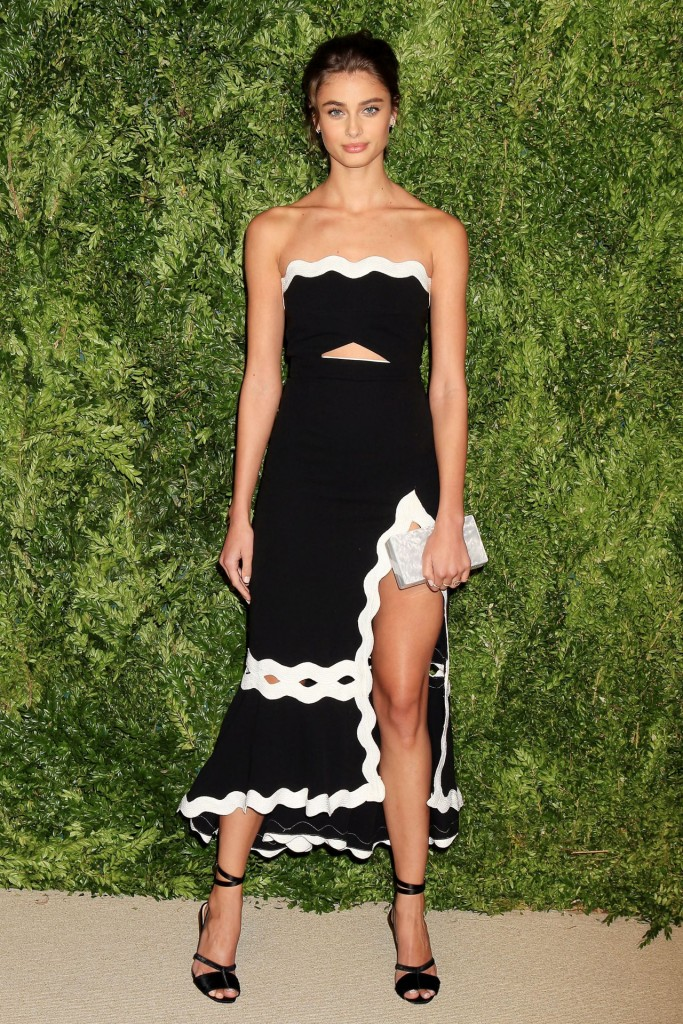 taylor-hill-2015-cfda-vogue-fashion-fund-awards-in-new-york-city_1