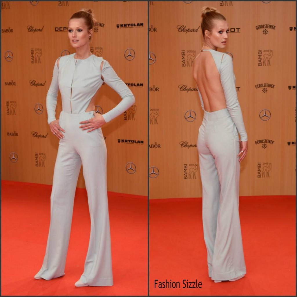 toni-garrn-in-aigner-the-2015-bambi-awards-1024×1024 (1)
