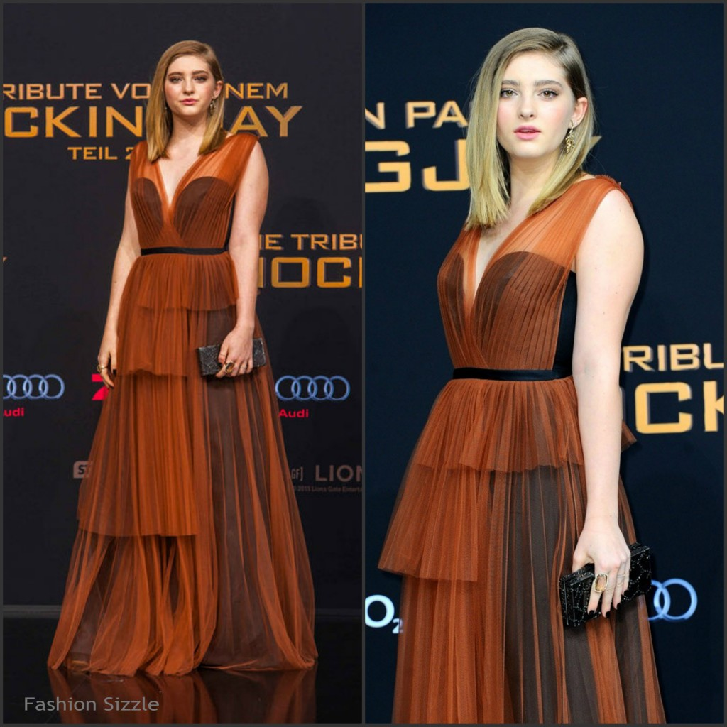 willow-shields-in-marni-the-hunger-games-mockingjay-part2-berlin-world-premiere-1024×1024
