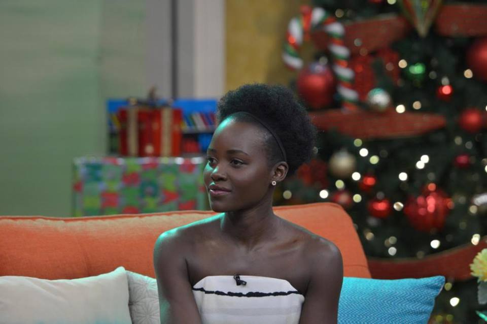 lupita-nyongo-in-christian-siriano-on-despierta-america