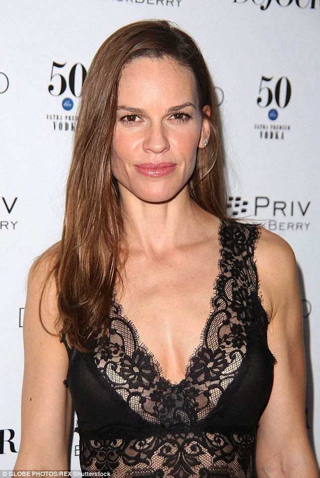 hilary-swank-in-elie-saab-at-annual-art-basel-miami-kick-off-party