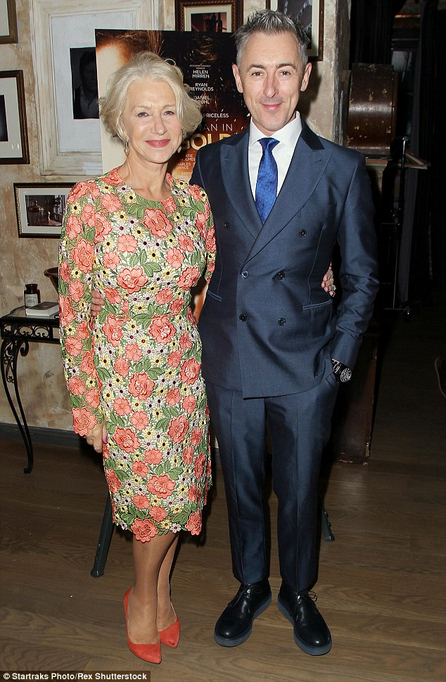 helen-mirren-in-dolce-gabbana-at-the-woman-in-gold-cocktail-reception