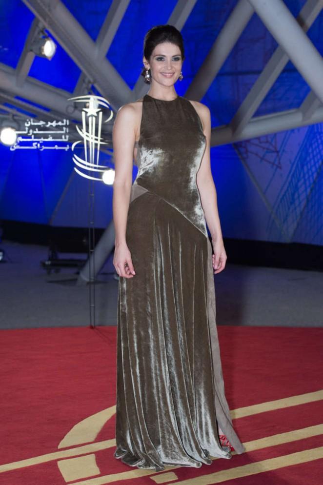 Gemma-Arterton--Mr-Holmes-Premiere--04-662x994