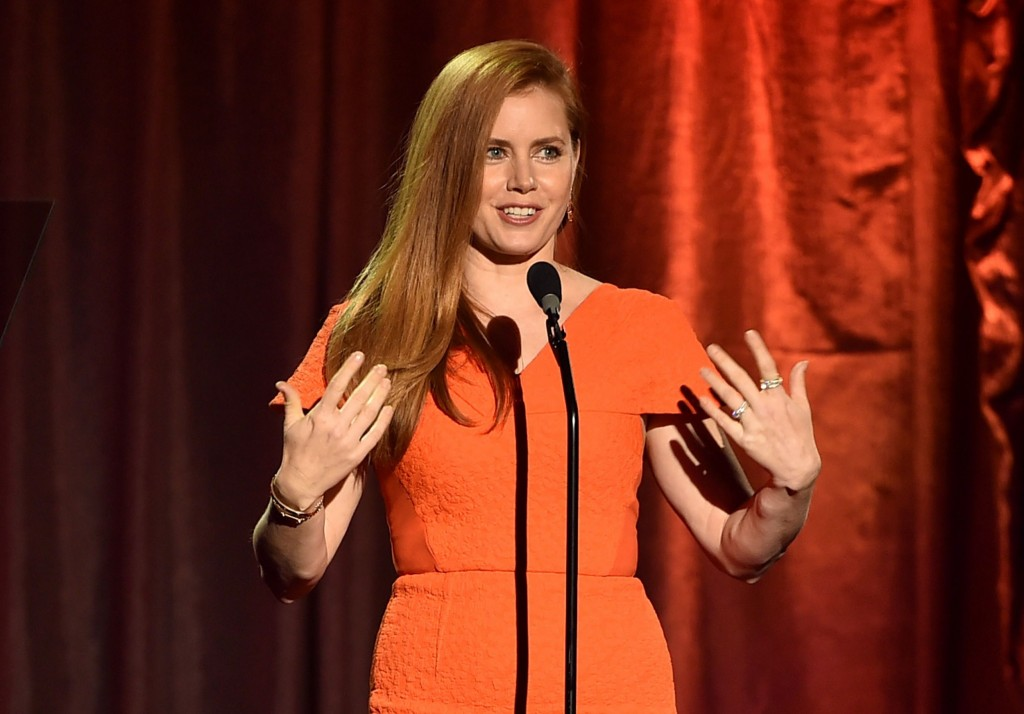 amy-adams-in-roland-mouret-at-trevorlive-la-2015