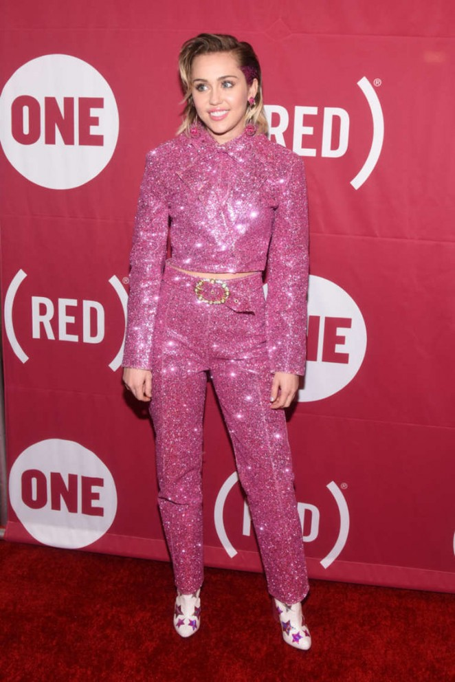 Miley-Cyrus--ONE-and-REDs-It-Always-Seems-Impossible-Until-It-Is-Done-Campaign--04-662x992