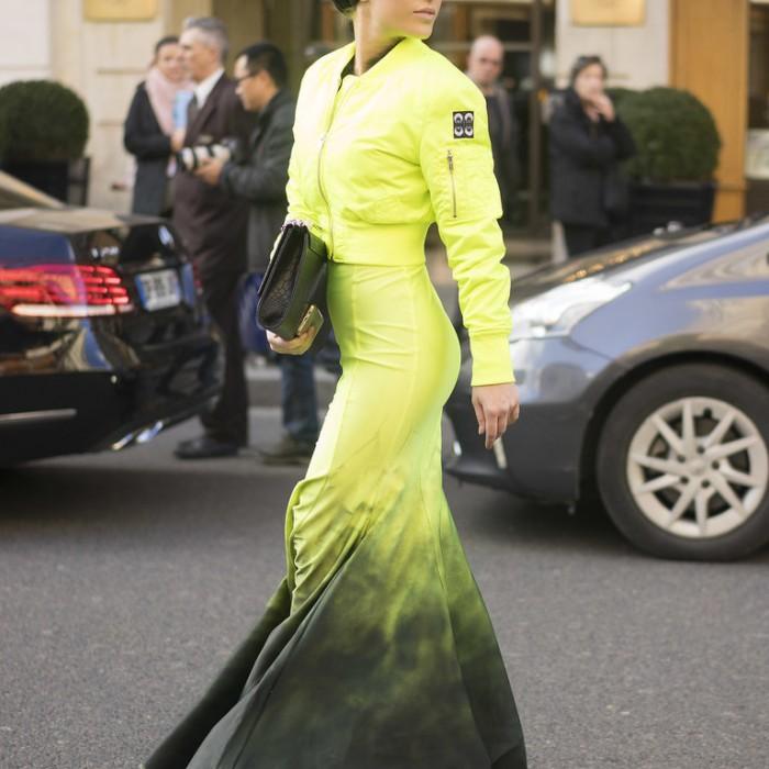 FASHION SIZZLER OF THE DAY - Paris  Fashion  Week 2015 Streetstyle