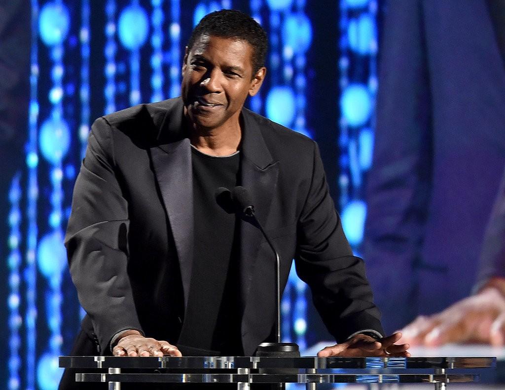 Denzel-Washington-2015-governor-awards-menswear
