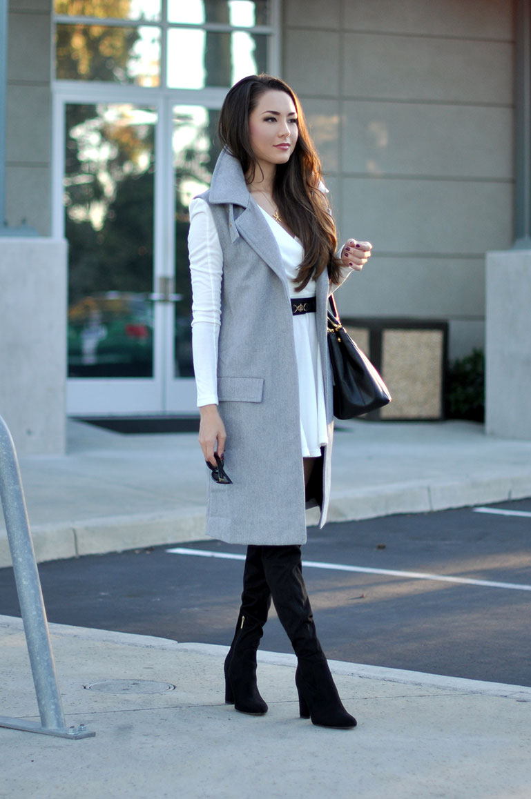 Sleeveless-coat