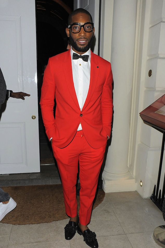 Tinie-Tempah-wearing-Red-Suit-and-Christian-Louboutin-Black-Tasselissimo-Leather-Loafers-3
