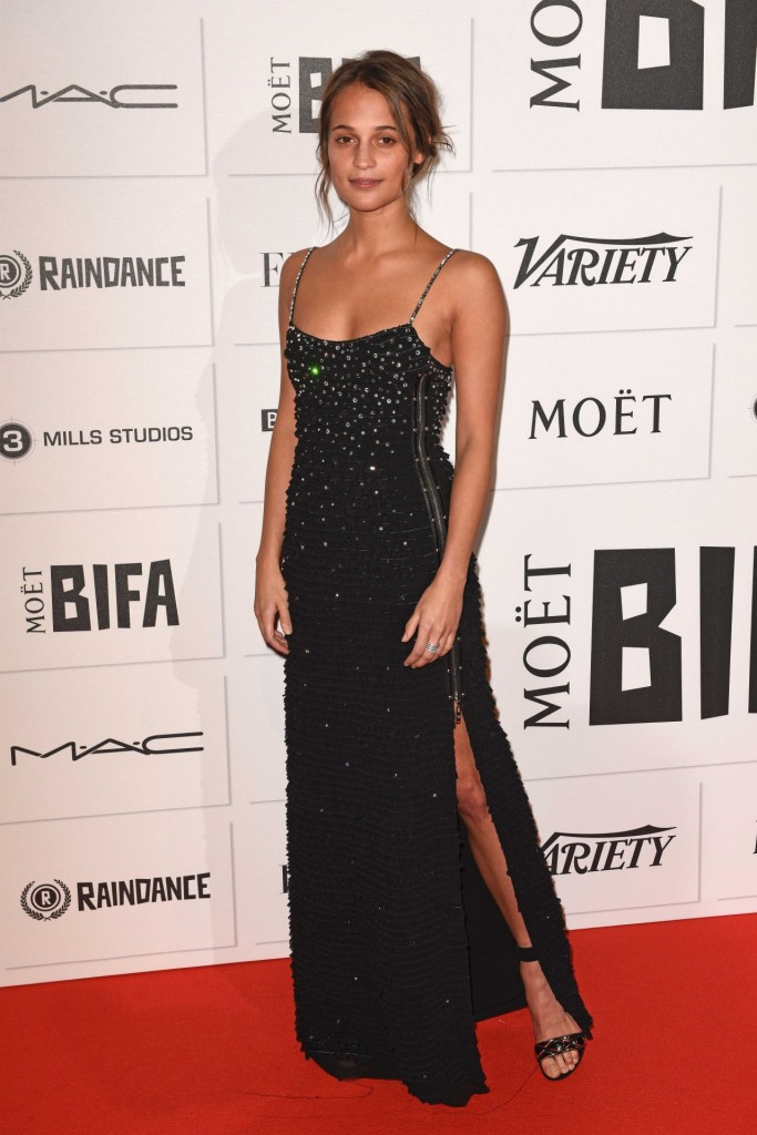 alicia-vikander-the-moet-british-independent-film-awards-2015-in-london_1