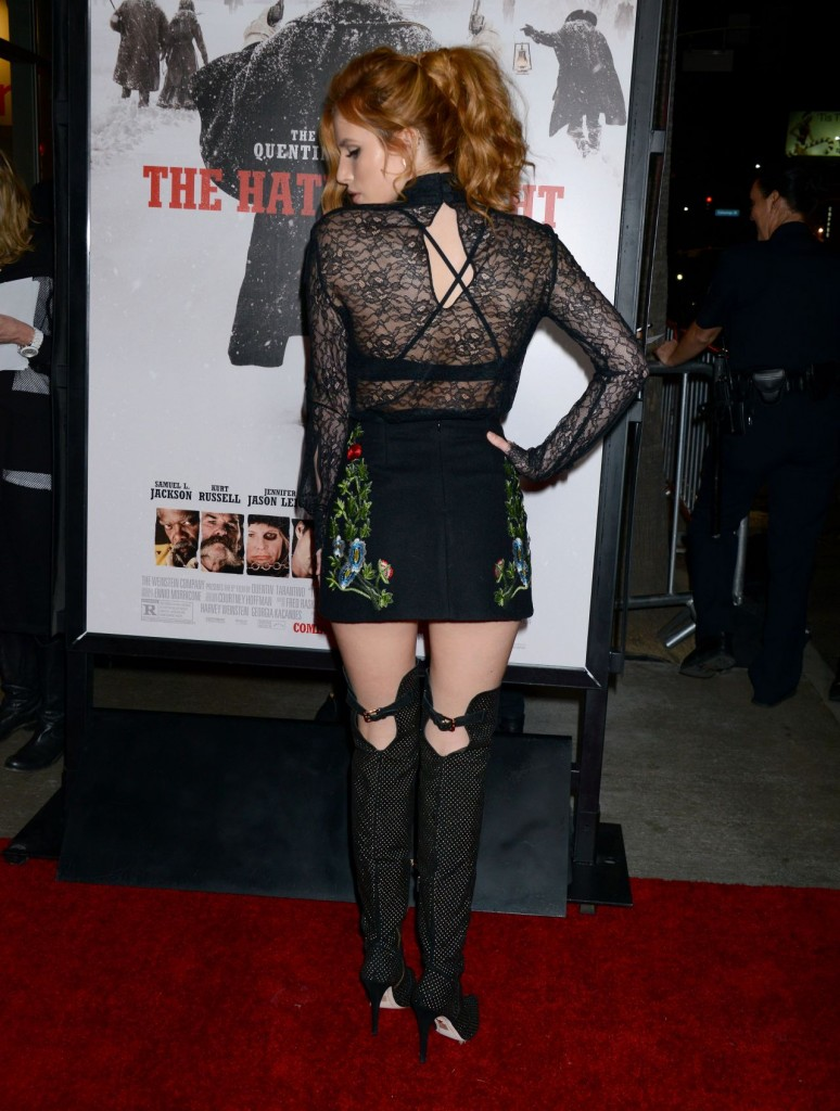 bella-thorne-the-hateful-eight-premiere-in-los-angeles_13