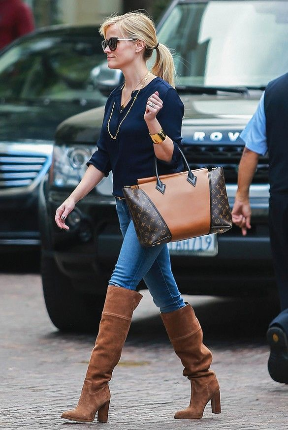 reese-witherspoon-in-boots
