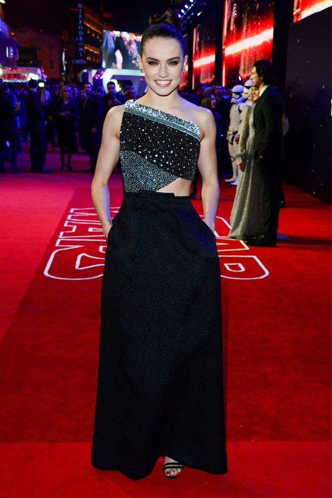 daisy-ridley-star-wars-london-premiere