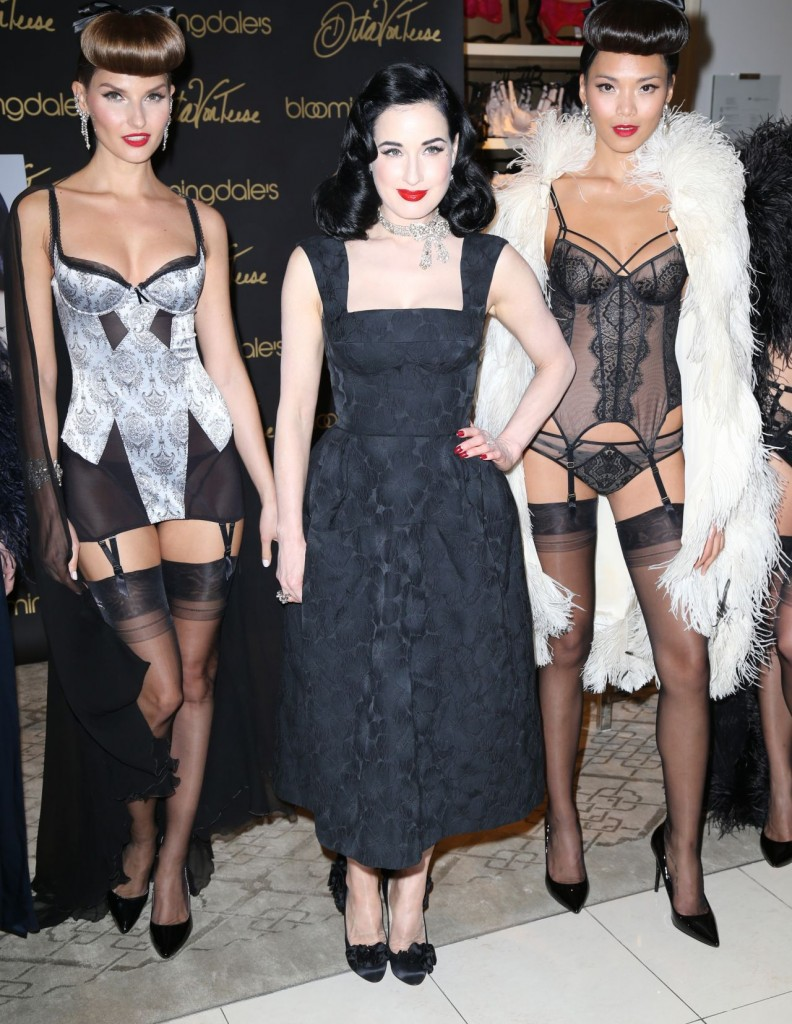 dita-von-teese-promote-her-new-book-your-beauty-mark-the-ultimate-guide-to-eccentric-glamour-in-nyc_7