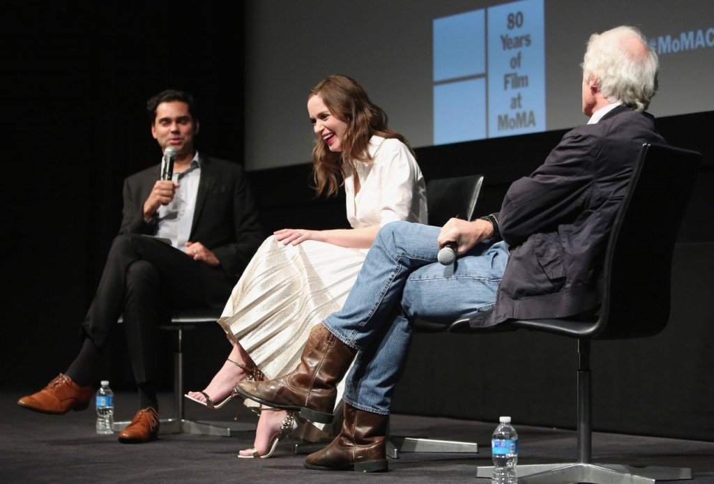 emily-blunt-sicario-screening-panel-discussion-in-new-york-city-12-15-2015_11