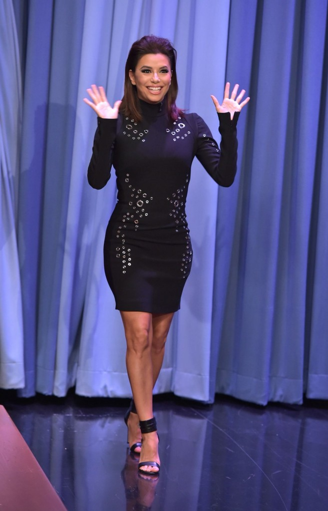 eva-longoria-the-tonight-show-starring-jimmy-fallon-in-nyc-december-2015_2