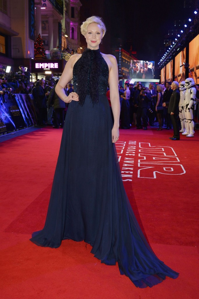 gwendoline-christie-star-wars-the-force-awakens-premiere-at-odeon-leicester-square-london_1