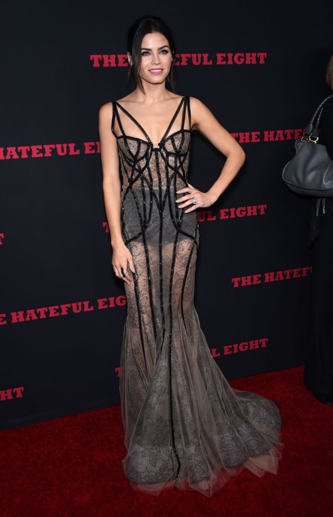 jenna-dewan-tatum-the-hateful-eight-premiere-in-los-angeles_3