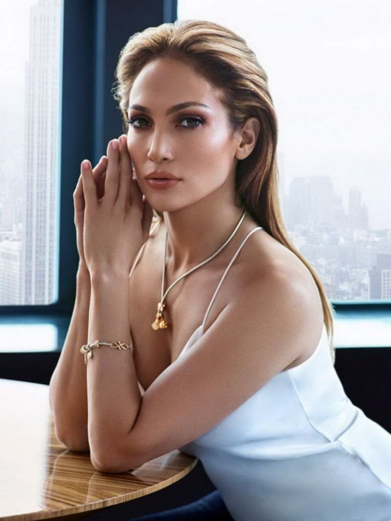 jennifer-lopez-j-lo-clothing-collection-2016_2
