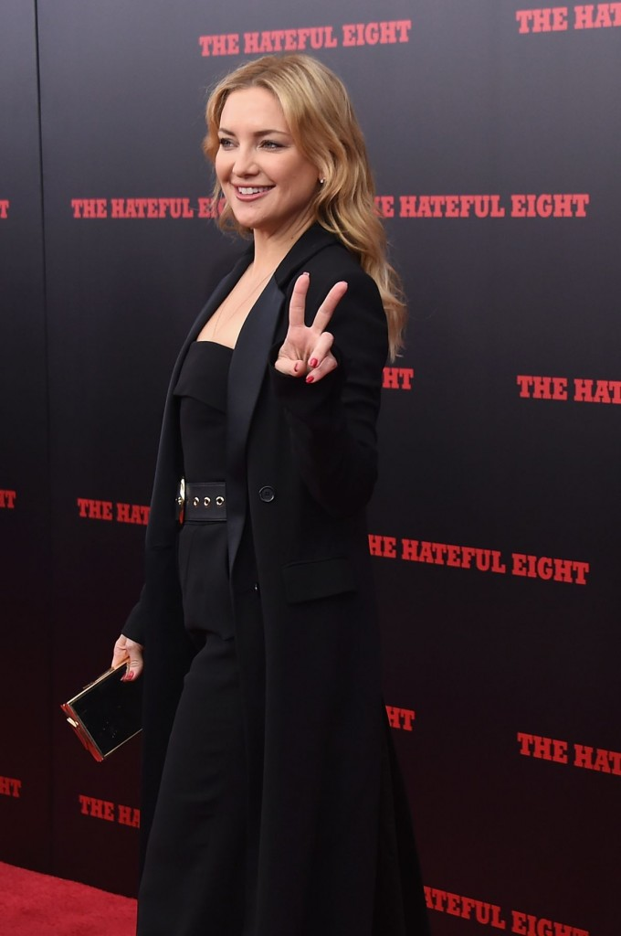 kate-hudson-at-the-hateful-eight-premiere-in-new-york-12-14-2015_3