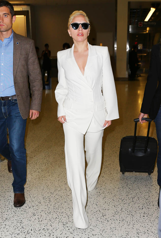 Lady -Gaga --in -a -white- suit- in -NYC