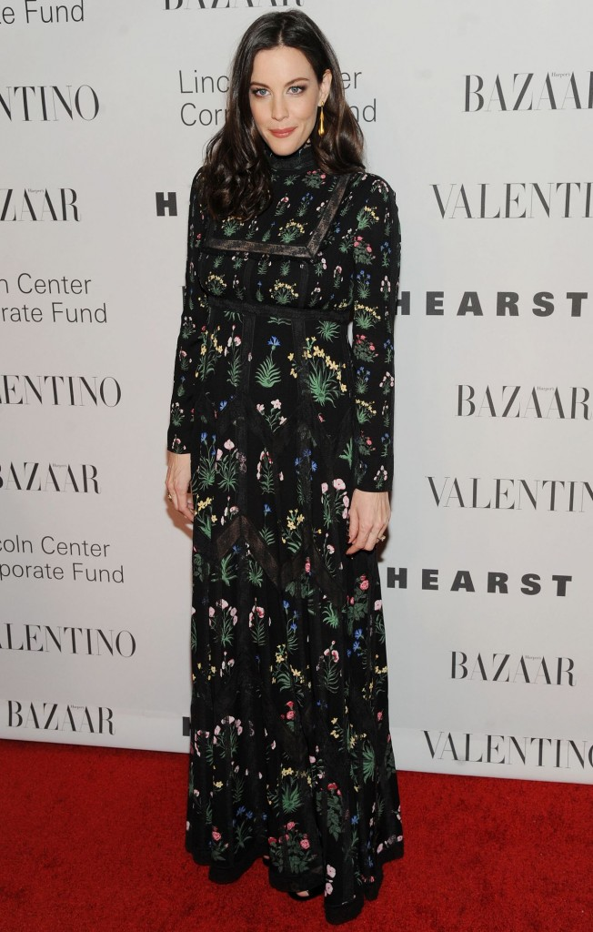 liv-tyler-an-evening-honoring-valentino-gala-in-new-york-city-12-7-2015_7