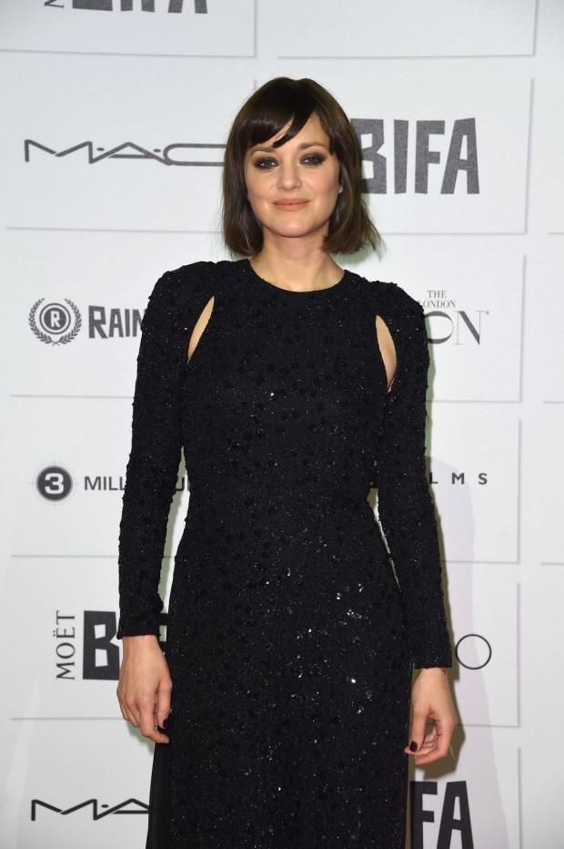 marion-cotillard-at-moet-british-independent-film-awards-2015-in-london-04-620x932
