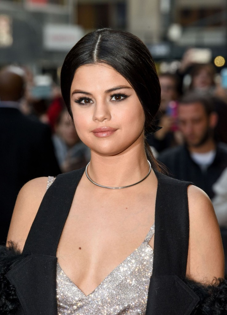 selena-gomez-2015-billboard-women-in-music-event-in-new-york-city_2