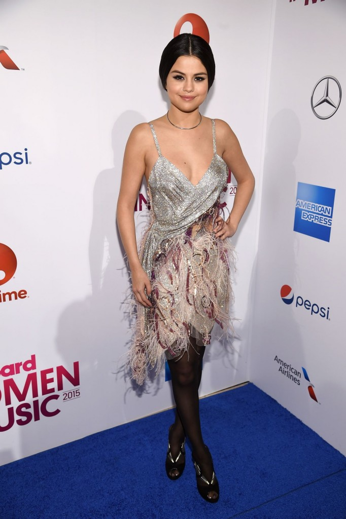 selena-gomez-2015-billboard-women-in-music-event-in-new-york-city_6