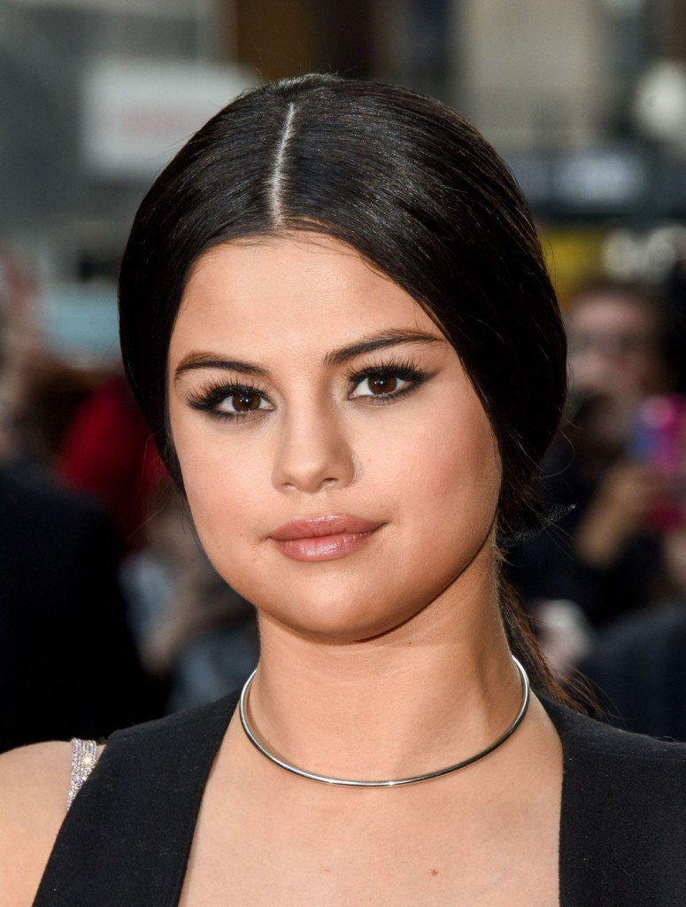 selena-gomez-2015-billboard-women-in-music-event-in-new-york-city_8