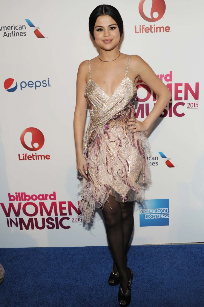 selena-gomez-2015-billboard-women-in-music-event-in-new-york-city_9