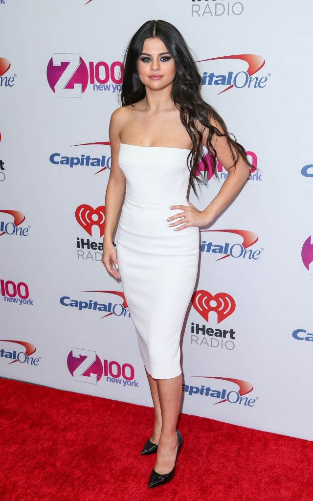 selena-gomez-on-red-carpet-z100-s-jingle-ball-2015-in-new-york-city_45