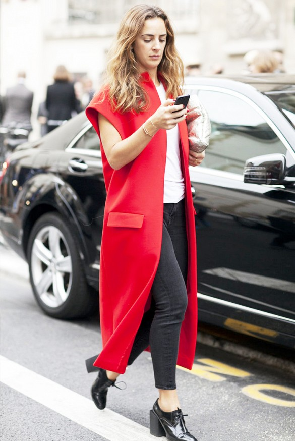 sleeveless-coats-trend