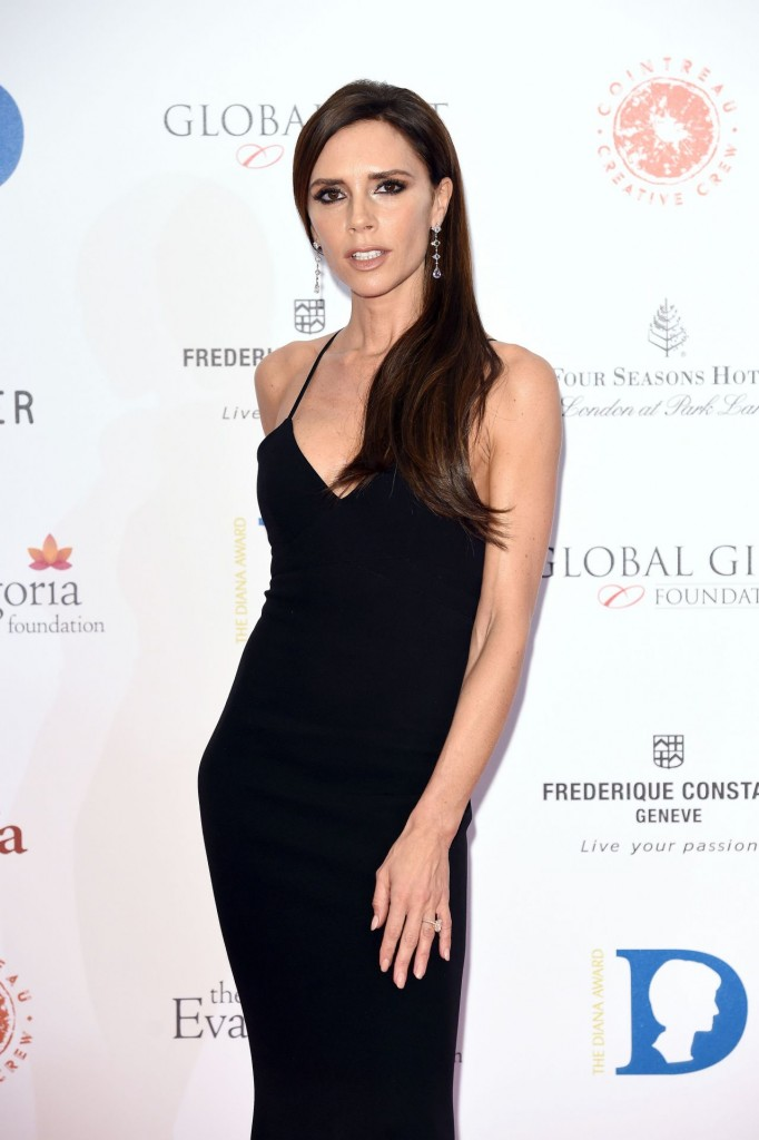victoria-beckham-the-global-gift-gala-at-four-seasons-hotel-in-london-11-30-2015_1