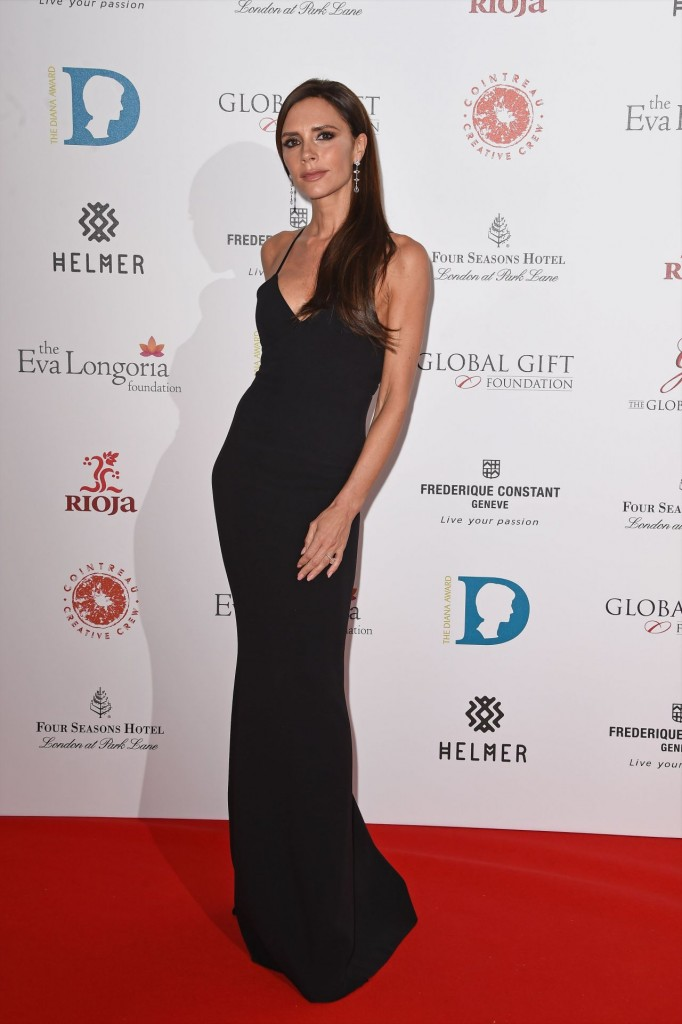 victoria-beckham-the-global-gift-gala-at-four-seasons-hotel-in-london-11-30-2015